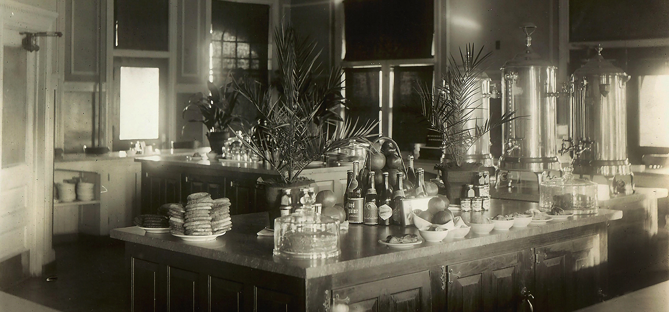 Historic image of Castaneda Hotel Las Vegas NM kitchen